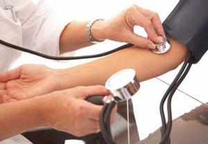 A hipertensão é o principal fator de risco para o AVC, afetando 42% da população portuguesa.