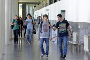 Estudantes da FEUP (corredor)