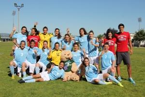 Equipa tetra-campeã nacional universitária que almeja as medalhas no Europeu de Futebol.
