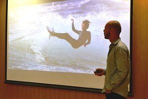 Márcio Borgonovo-Santos, fundador da All in Surf, a apresentar o projecto no UPTEC.