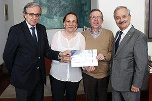Entrega cheque Fundo de Ação Social da Universidade do Porto