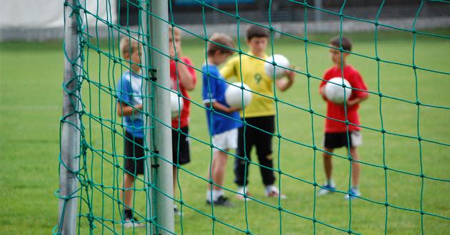 Futebol crianças (destaque)