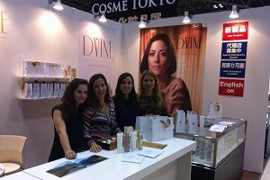 A equipa da Douro SkinCare na Cosme Tokyo, em 2014