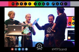 Horácio Tomé Marques no momento em que recebe o prémio no Music Tech Fest Encandinavia 2015, que decorreu nos dias 29 e 30 de maio, na Suécia. (Foto:Music Tech Fest)
