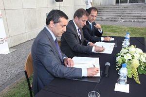 A assinatura do protocolo entre a FEUP e a BERD aconteceu no dia 28 de julho