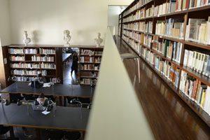 Biblioteca FBAUP