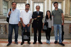 estudantes sírios com o Reitor