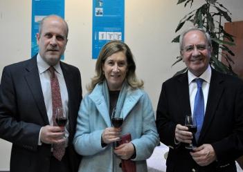 A cerimónia da tomada de posse dos novos órgãos sociais do CIIMAR contou com a presença de Maria João Ramos, vice-reitora da Universidade do Porto e João Coimbra, ex-presidente da direção do CIIMAR.