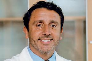 Manuel Gutierres é professor de Ortopedia na FMUP