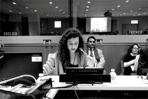A estudante da FAUP apresentou o projecto que mereceu uma Menção Honrosa na sede da ONU em Nova Iorque (c) DR