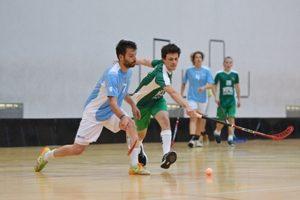 Mundial Universitário de Floorball recebe cerca de 400 atletas e oficiais.