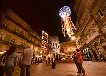 """""""Medusa"""" é uma das esculturas patentes na cidade até 31 de julho"""
