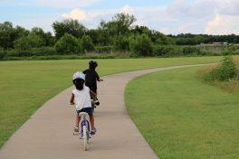 Crianças expostas a espaços verdes têm melhor saúde