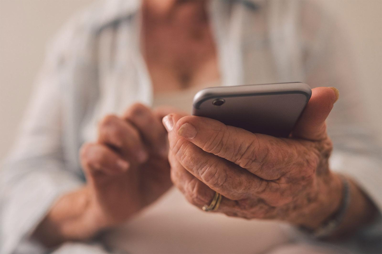 """ICTskills4All: o novo website que quer pôr os mais velhos """"em linha"""""""