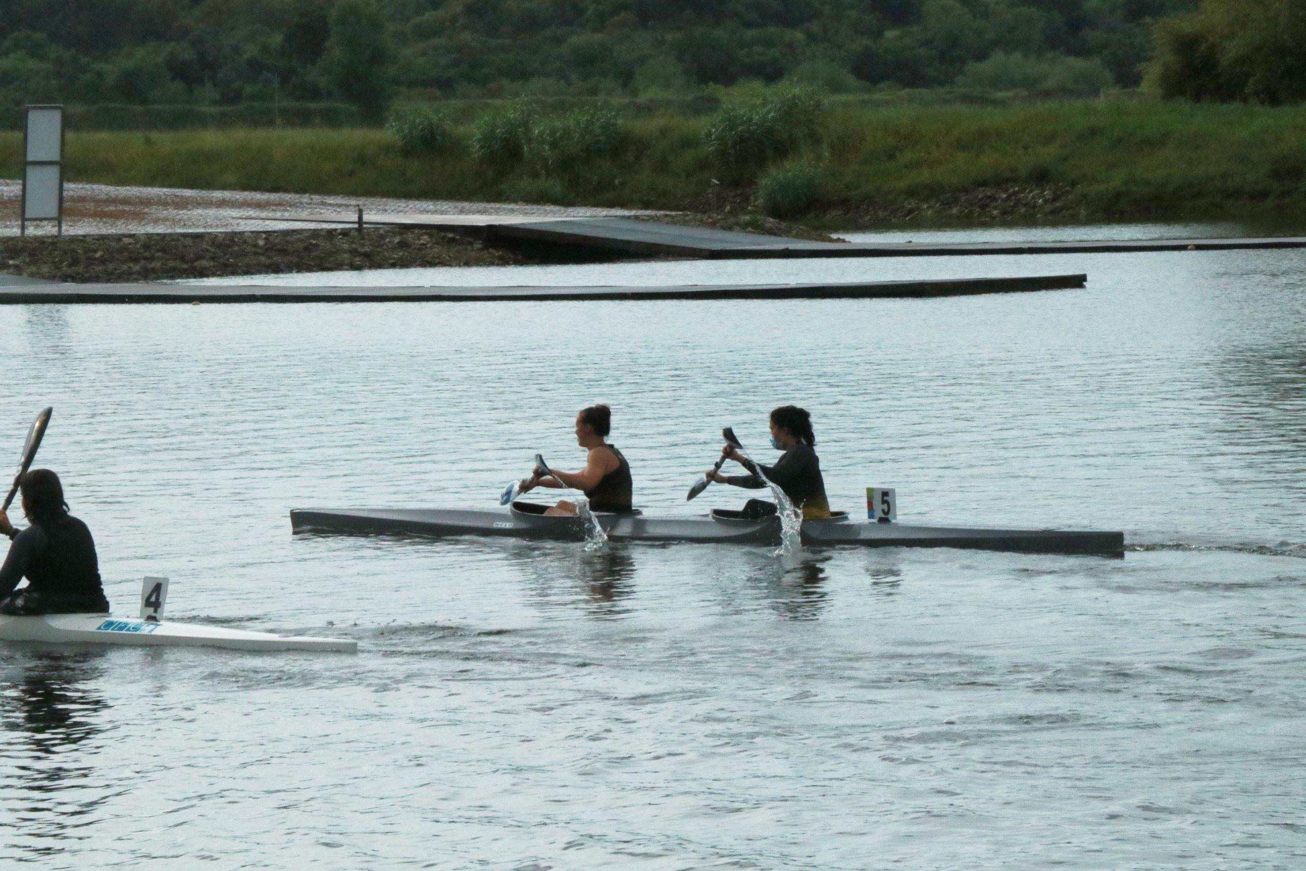 Ana Rocha e Mariana Morais no Kayak